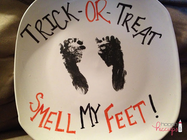 Life and style blogger, The Samantha Show, brings you an easy to create DIY Trick-or-Treat, smell my feet craft for babies.