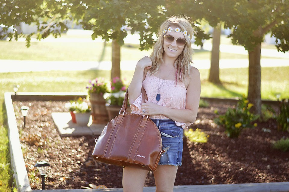 Life and style blogger, The Samantha Show, styles a cute crop top and shares why crop tops are perfect for the season. You can see a few to choose from.