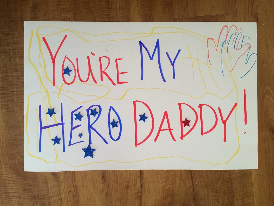 Military homecoming signs: throw a military pre-homecoming party and get ready for the return of your soldier with your closest friends!