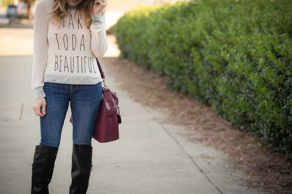 casual chic fall outfit.