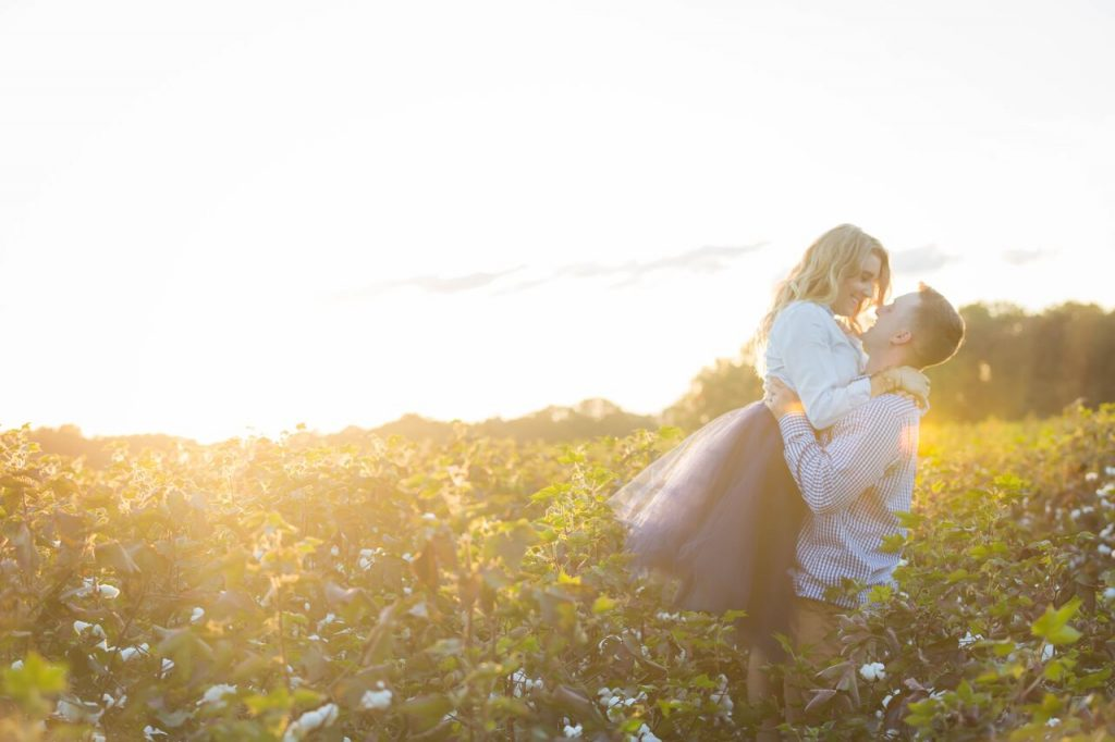 Fall family photos in a tulle skirt in a cotton field-The Samantha Show