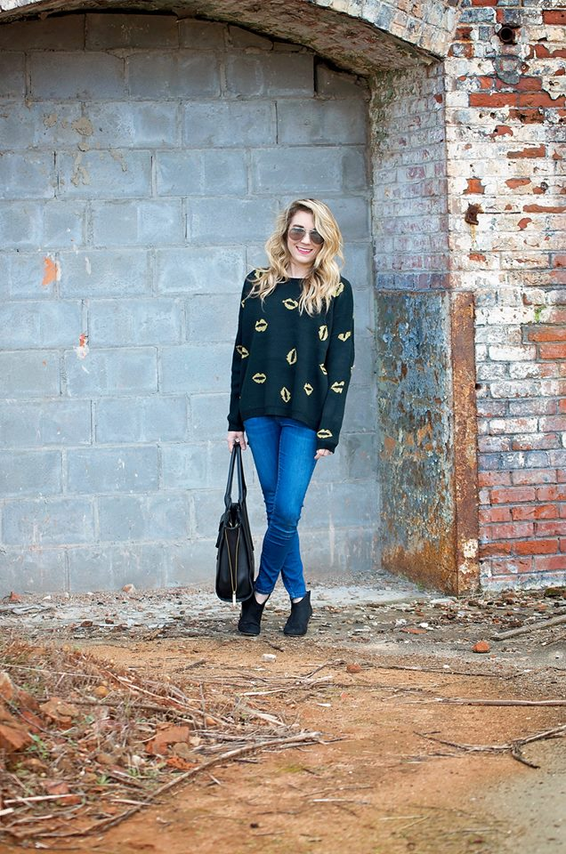 casual_sweater_outfit