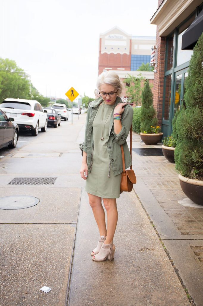 How To Incorporate Frames in your Everyday Look