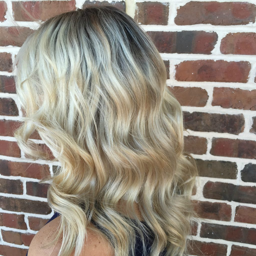 Life and style blogger, The Samantha Show, shares how shadow roots are the perfect way to add a darker color to your blonde & transition your style to Fall.