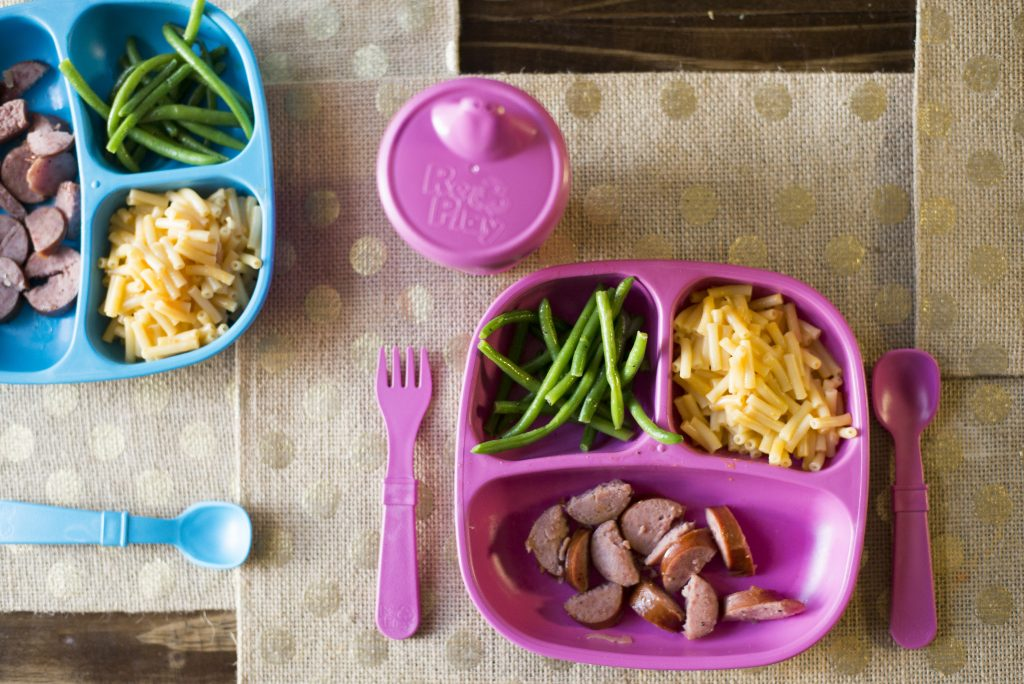 Is your child a picky eater? Life and style blogger, The Samantha Show, shares a secret on how to get your picky toddler to eat.
