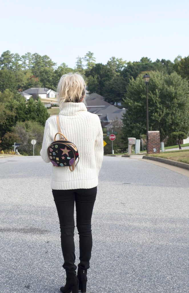 Fall style with thredUP; why pay full price when you can get a whole new wardrobe at a steal?! #secondhandfirst