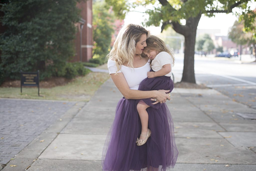 Mommy and me fashion: matching tulle skirts.