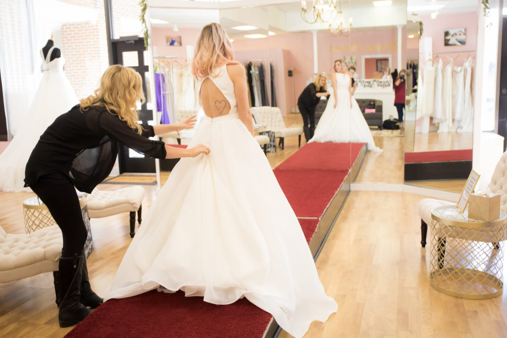 Tips for finding the perfect wedding dress