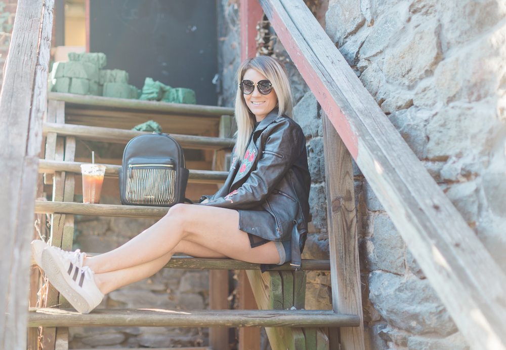 Life and style blogger, The Samantha Show, shares a chic, sexy, and a little bit edgy outfit. This is a perfect spring to summer transition outfit.