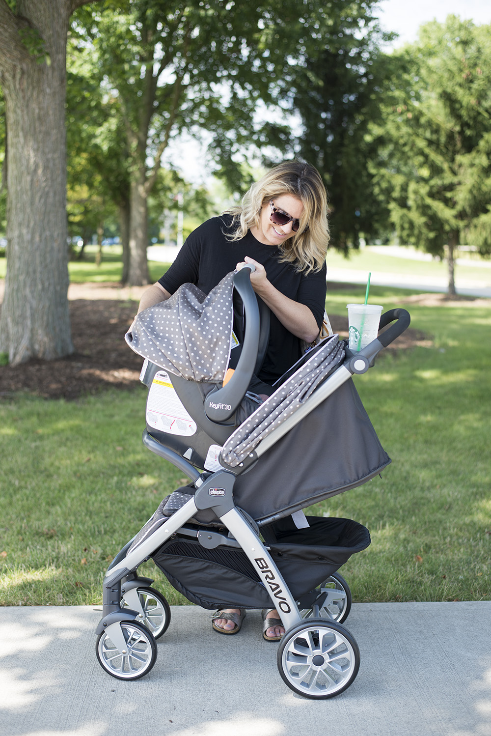 The best lightweight travel system by Chicco.
