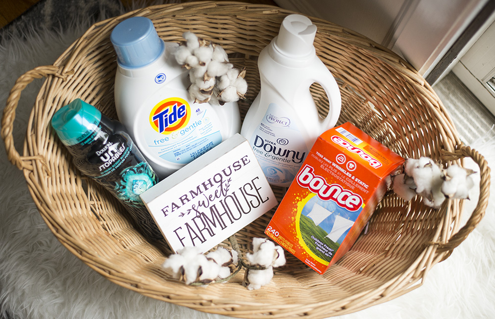 Cleveland blogger The Samantha Show shares 5 ways to make doing laundry easier! Stock up on laundry essentials...
