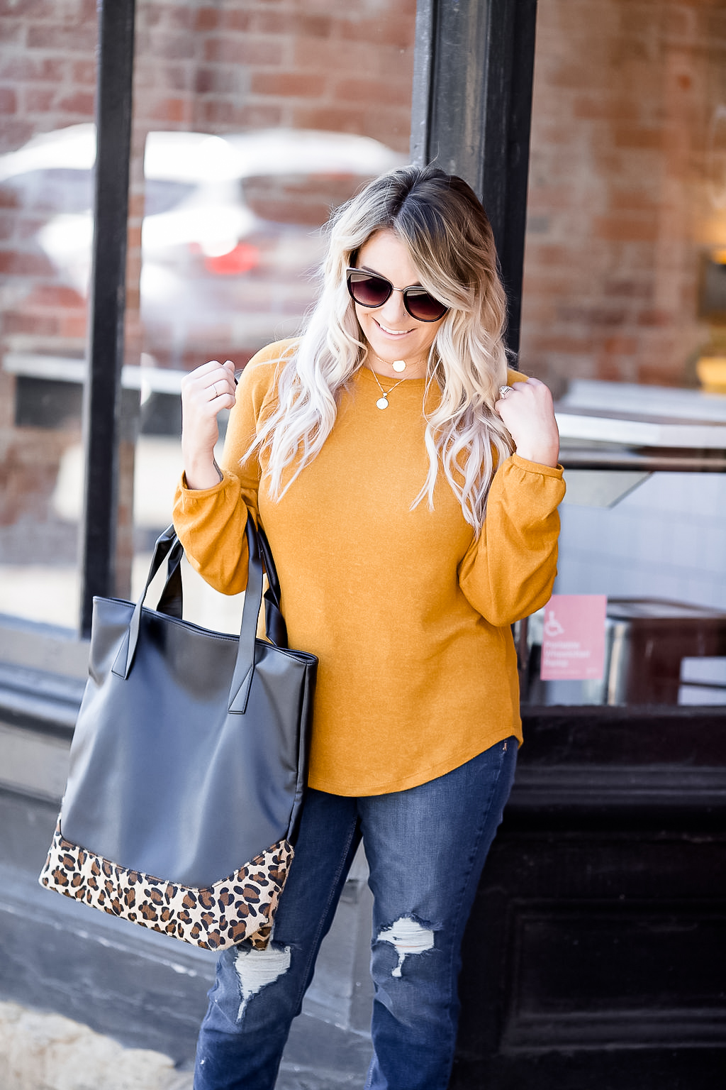Cleveland blogger The Samantha Show shares some fall style inspiration with a classic balloon sleeve sweater.