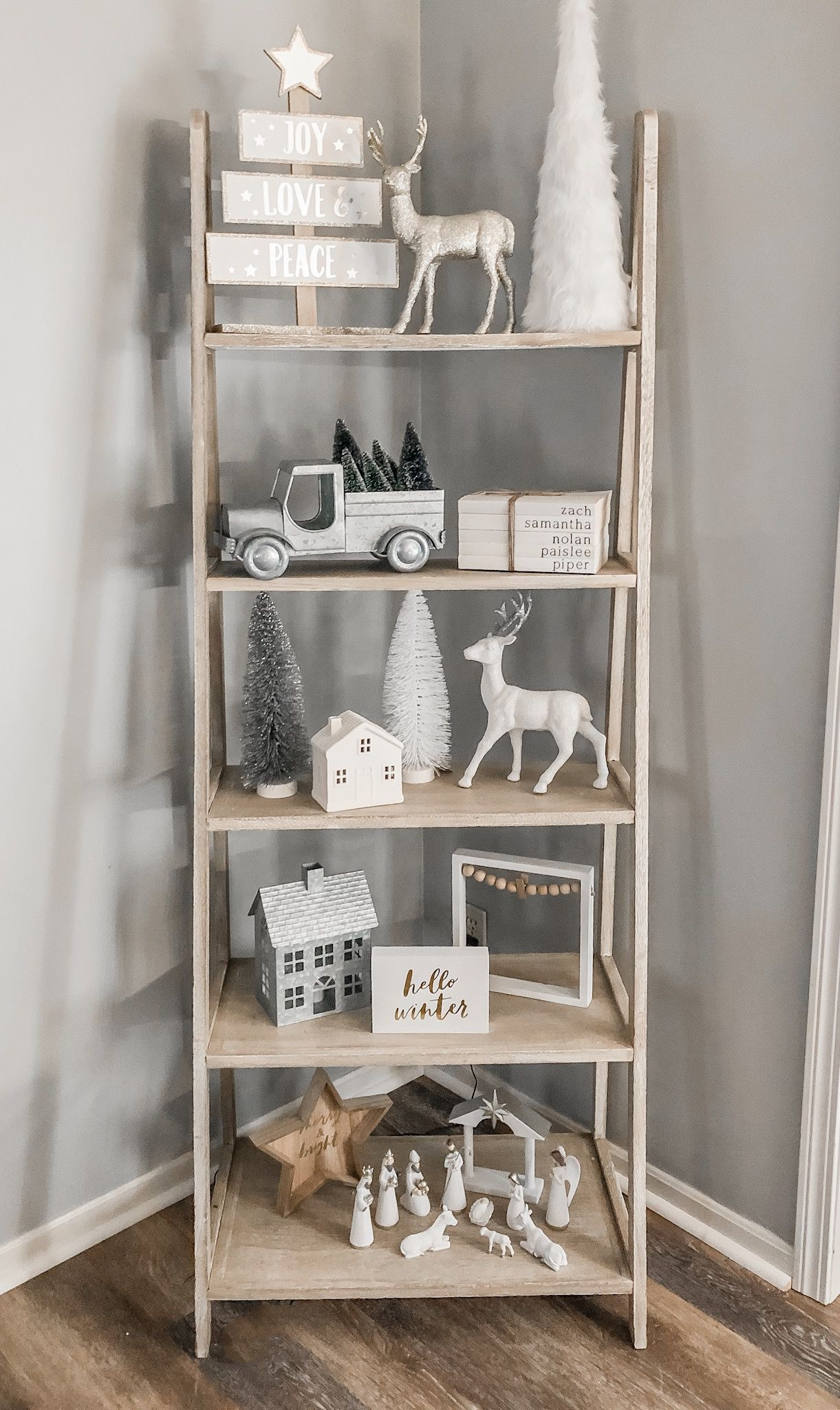 farmhouse shelf christmas decor: Farmhouse Christmas Home Tour