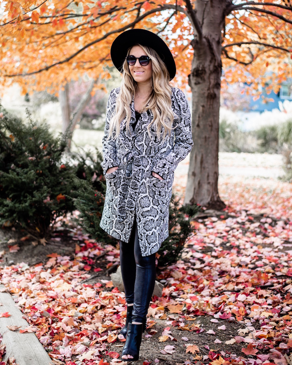 styling faux leather leggings for fall